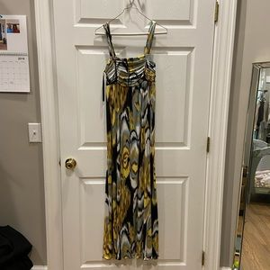 Maxi dress with pattern